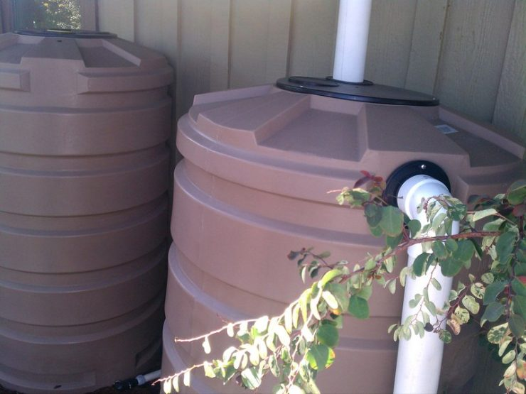 Featured of How to Choose and Use a Home Rainwater Catchment System