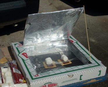 Featured of Kids Environmental DIY Make a Pizza-Box Solar Oven